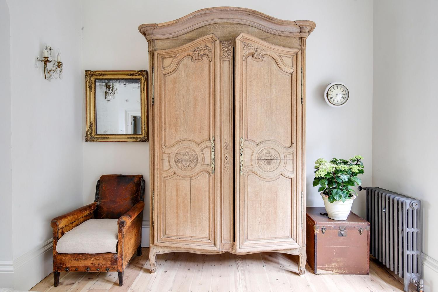 19th century French antique oak armoire wardrobe linen press