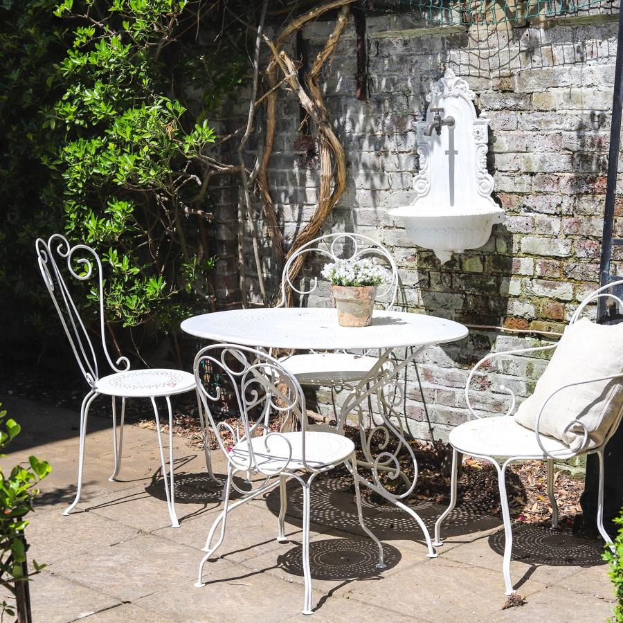 Antique French iron painted garden table and 4 chairs